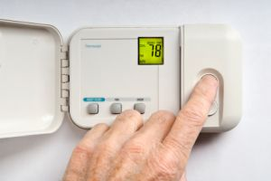 changing temperature on thermostat in lithonia